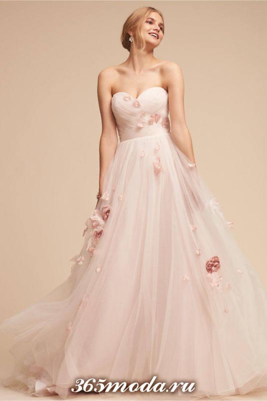 свадебное платье бюстье пышное