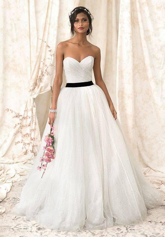 свадебное платье бюстье пышное с черным поясом