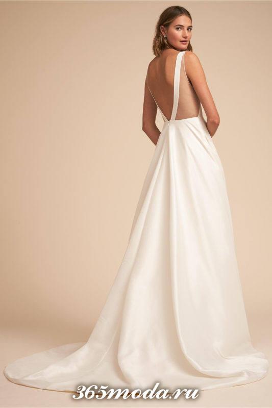 свадебное платье со шлейфом на бретелях
