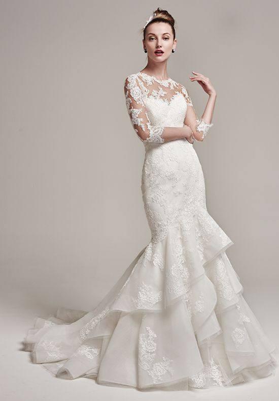 свадебное платье со шлейфом с оборками