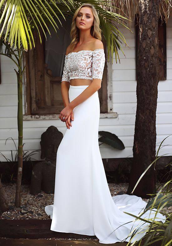 свадебное платье с отдельным топом с открытыми плечами