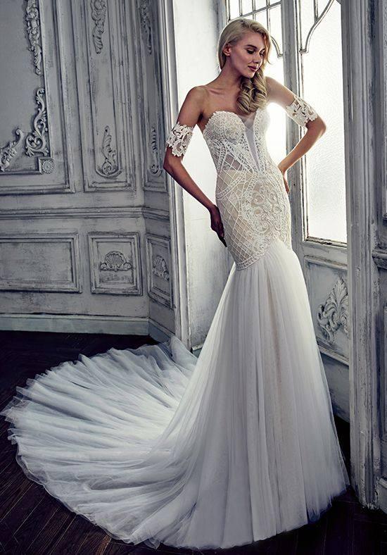 свадебное платье русалка с открытыми плечами с нарукавниками