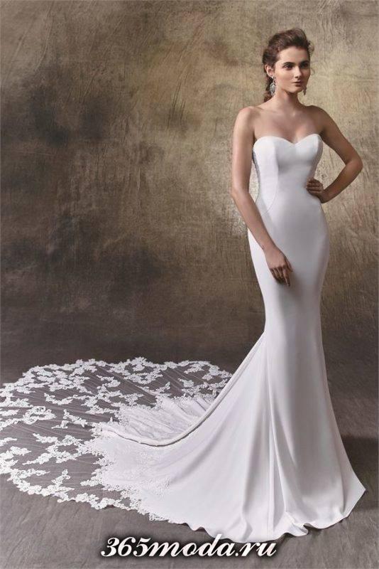 свадебное платье с открытыми плечами атласное с кружевом