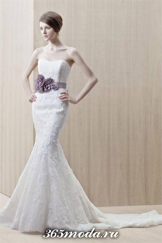 свадебное платье русалка с открытыми плечами с цветочным декором