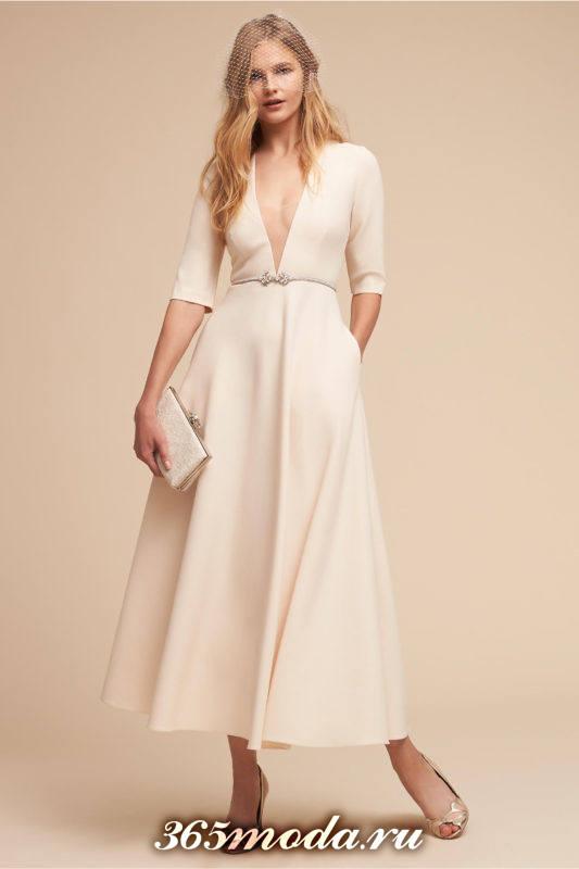 модное свадебное платье миди с вырезом