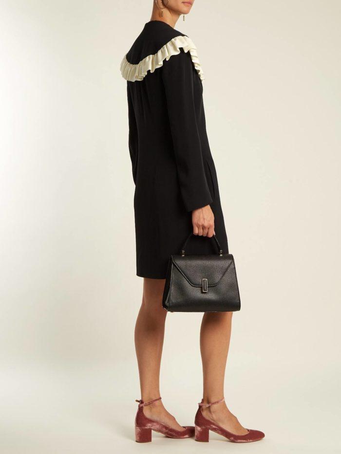 мини платье с воротником