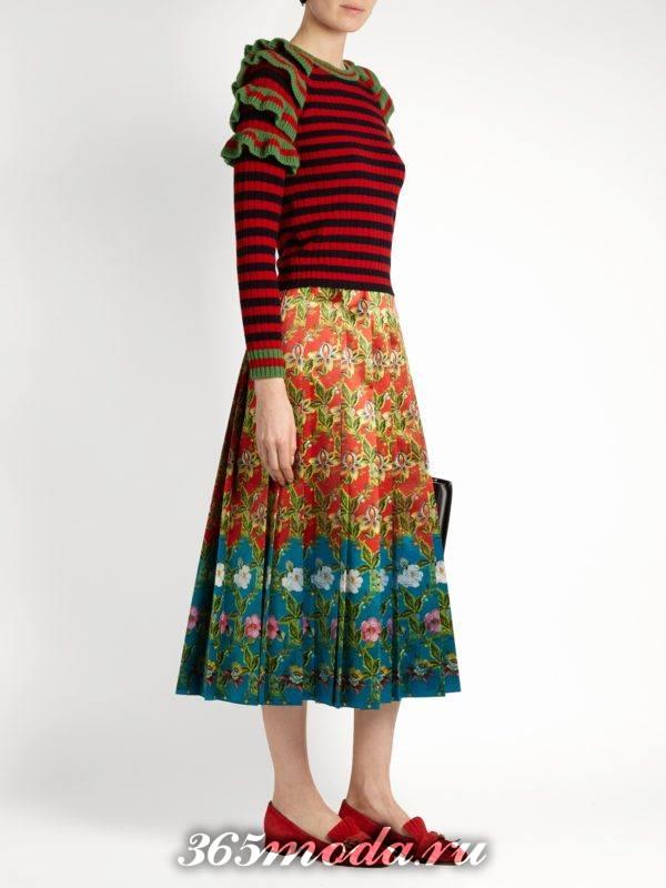 полосатый свитер с оборками осень-зима
