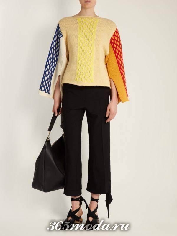 свитер с узорами и шырокими рукавами осень-зима