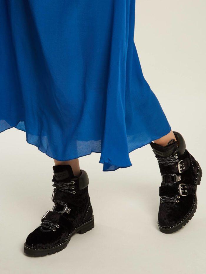 черные ботинки с ремешками