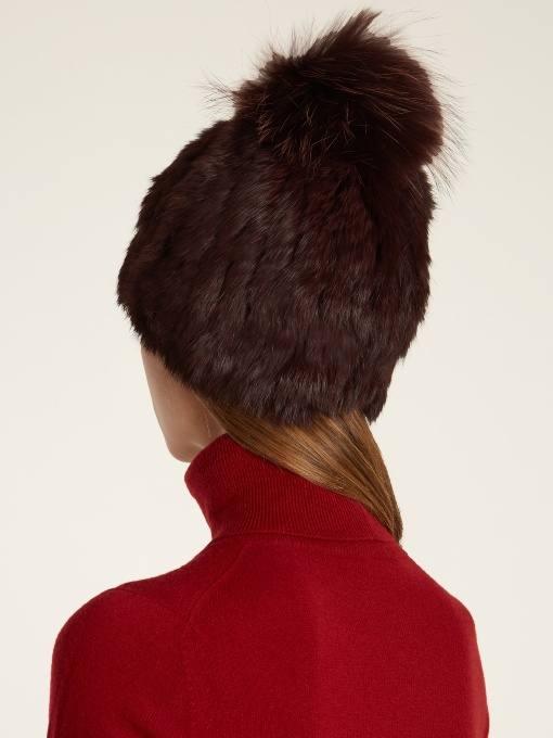меховая шапка с помпоном осень-зима