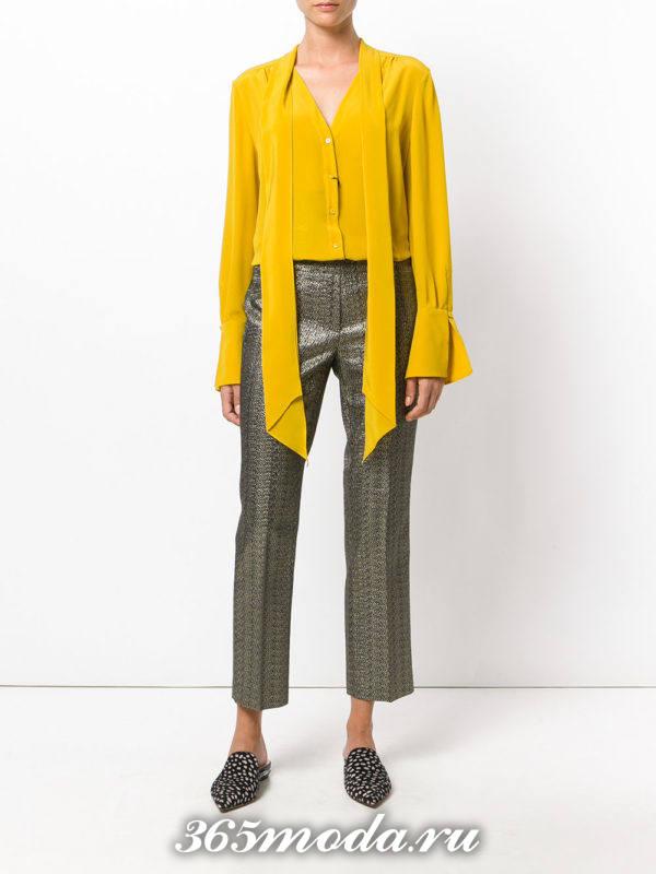прямые укороченные брюки металлик