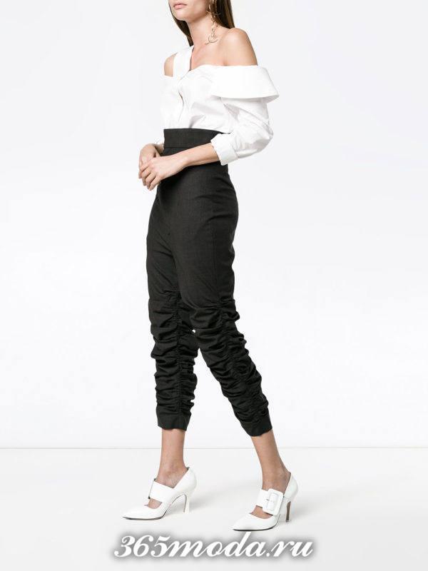 укороченные брюки с завышенной талией черные