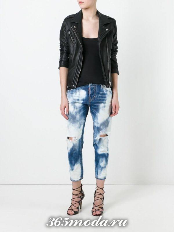 укороченные джинсы с разрезами размытые