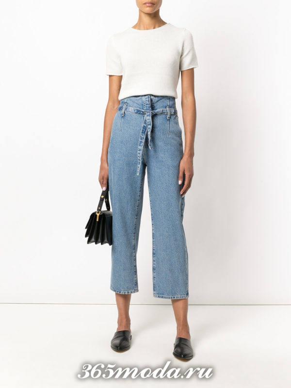 укороченные джинсы клеш с поясом