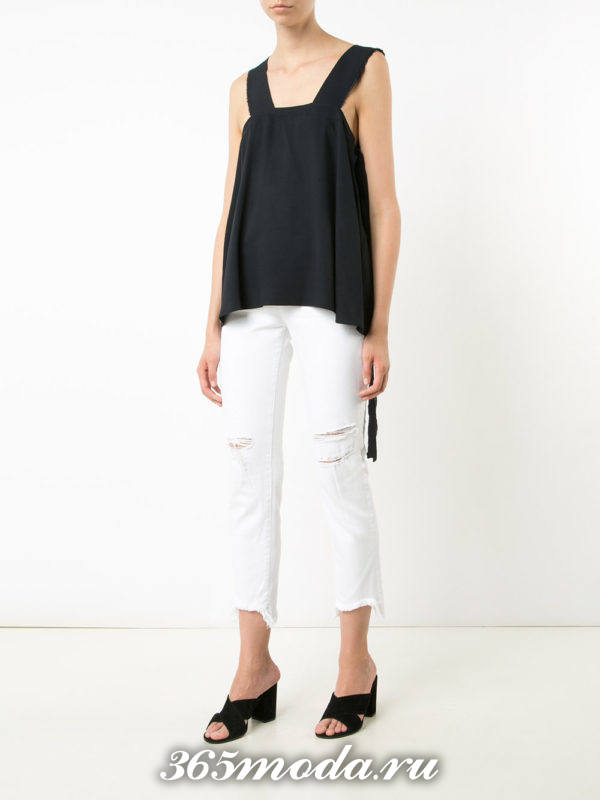 укороченные белые джинсы