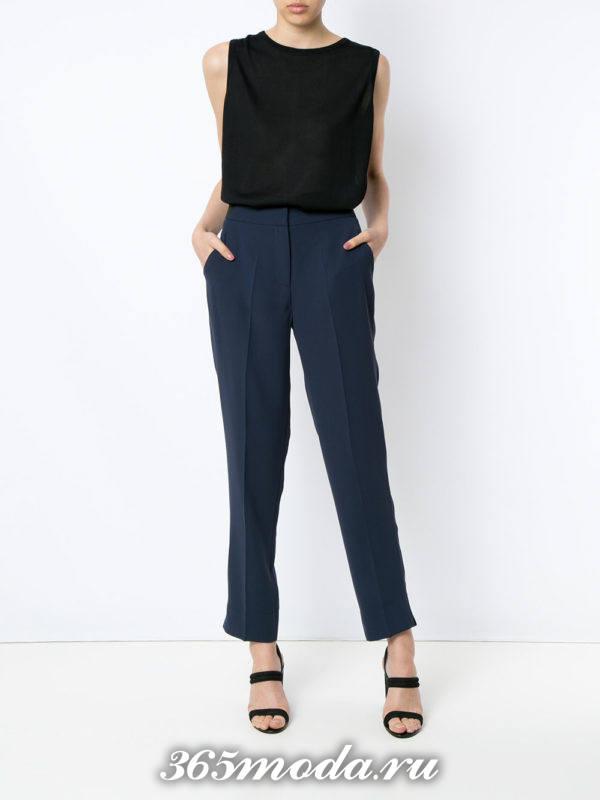 прямые укороченные брюки синие