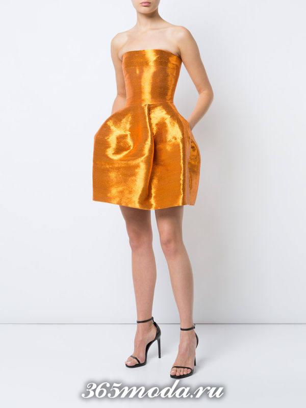 желтое короткое пышное платье с корсетом на выпускной
