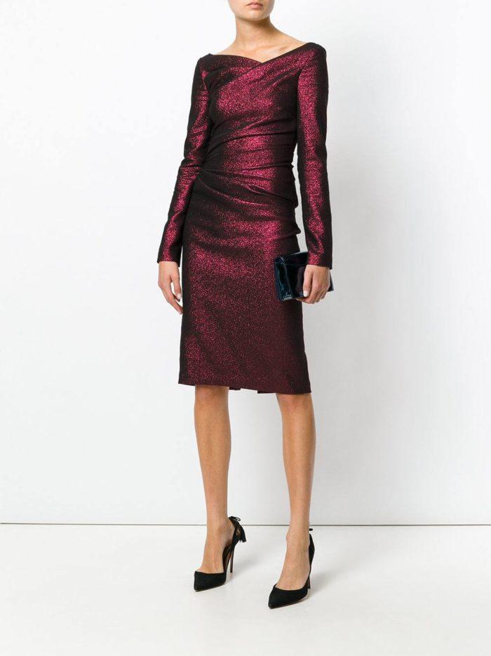 бордовое короткое платье футляр с длинными рукавами на выпускной