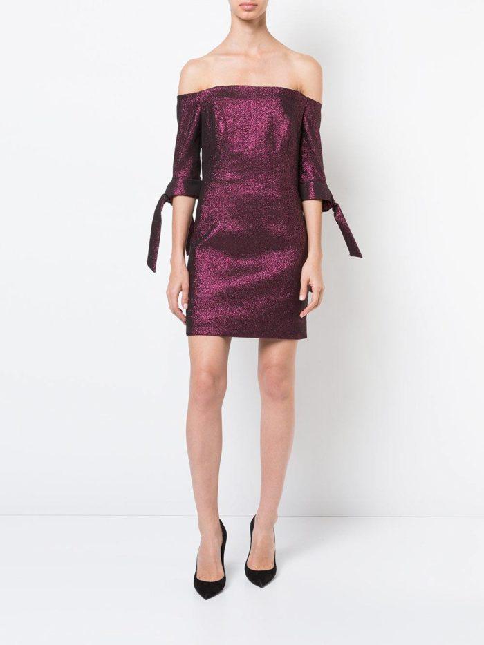 блестящее короткое платье с укороченными рукавами футляр на выпускной