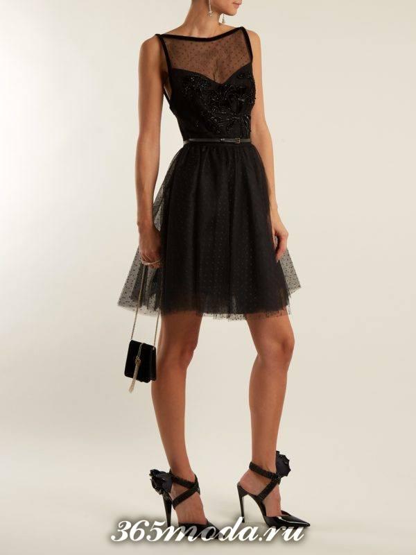 короткое фатиновое черное платье с ремнем на выпускной