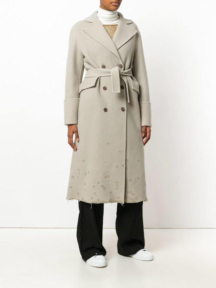 Верхняя одежда осень-зима 2019-2020: светлое макси пальто с поясом