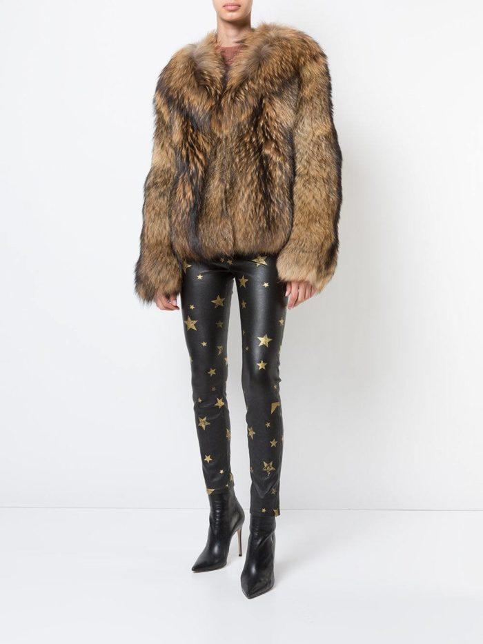 Верхняя одежда осень-зима 2019-2020: короткая шуба