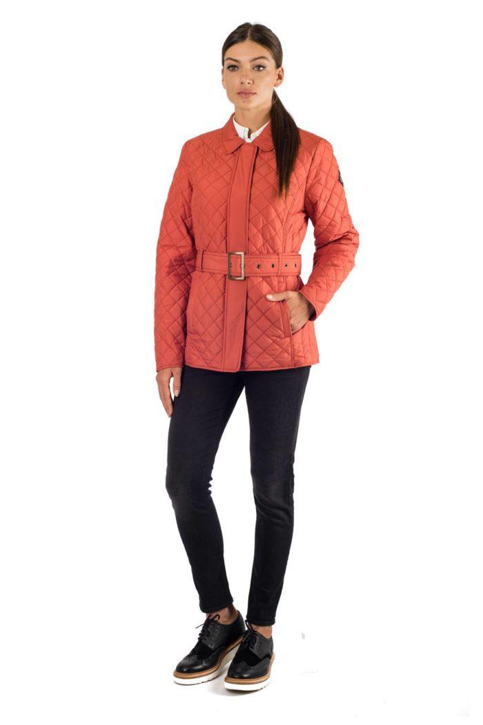 стеганая куртка с поясом