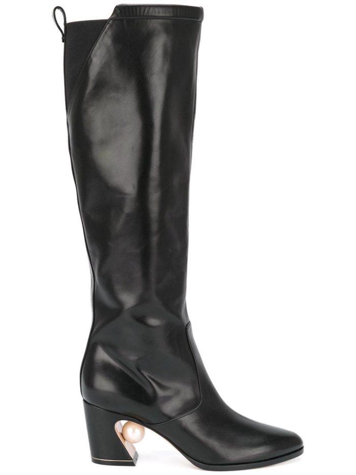 зимняя женская обувь 2019-2020: кожаные сапоги на фигурном каблуке