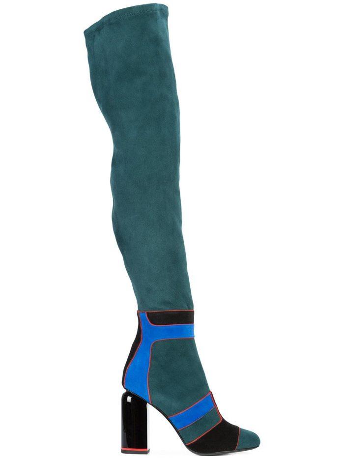 зимняя женская обувь: замшевые бирюзовые ботфорты с полосками