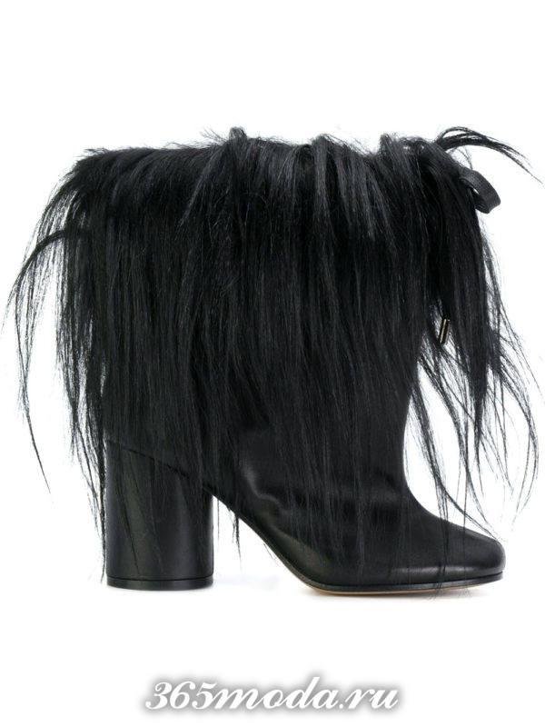 черные ботильоны с мехом на каблуках мода 2018