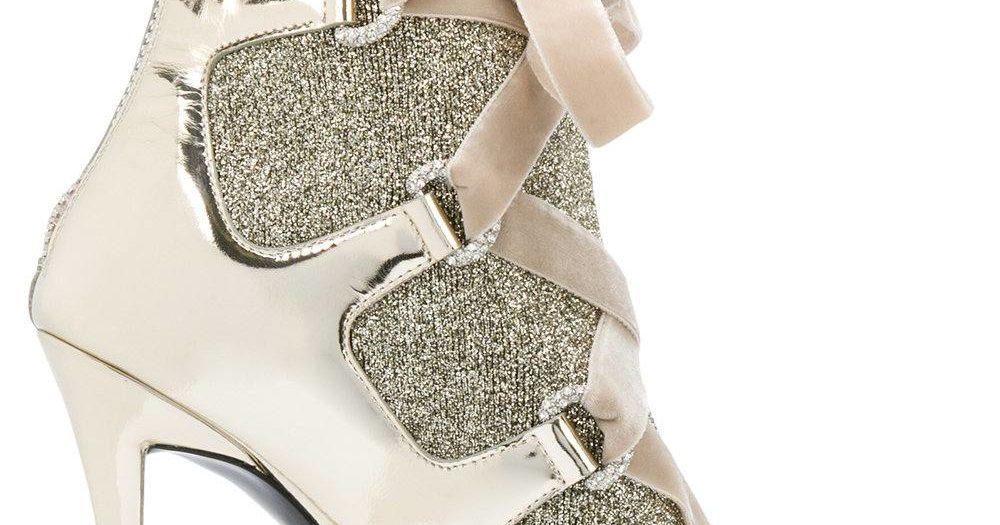 золотые ботильоны со шнуровкой на шпильках
