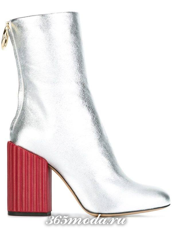 женские ботильоны: модные серебристые на красных каблуках тенденции фото