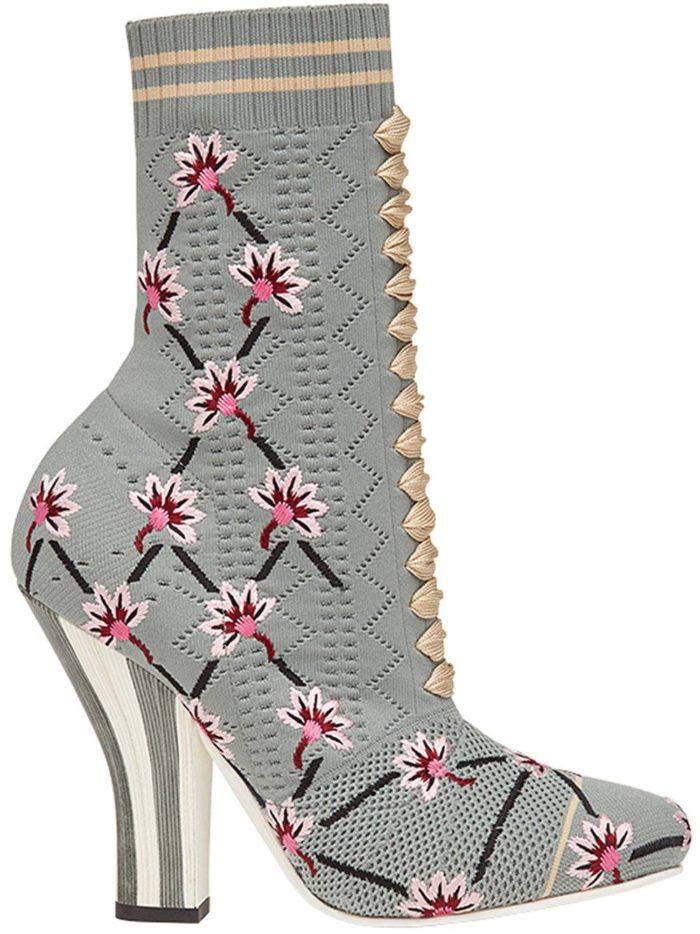 женские ботильоны: серые с принтом на фигурных каблуках модные тенденции фото
