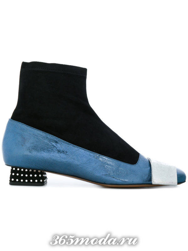 комбинированные женские ботильоны 2018 на низких каблуках с декором модные тенденции фото