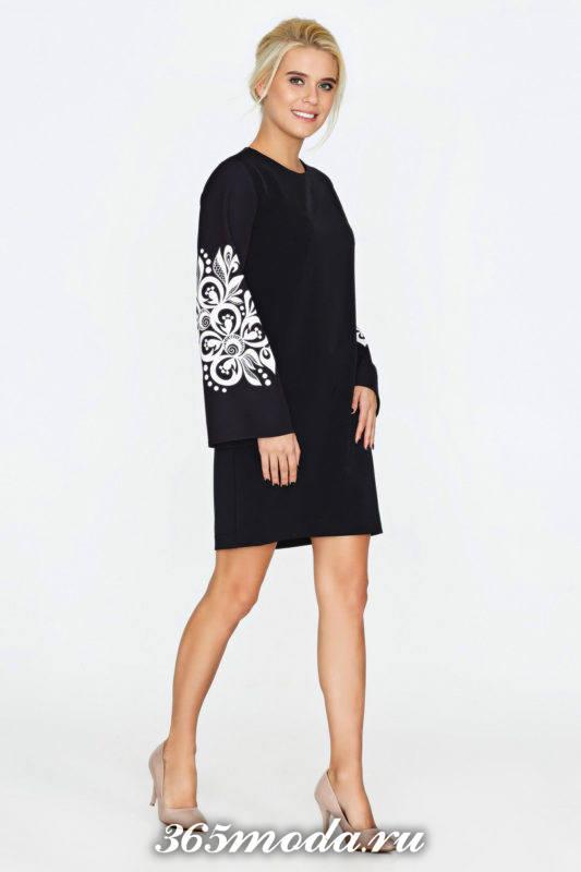 черное мини платье с вышивкой на рукавах для Святого Валентина