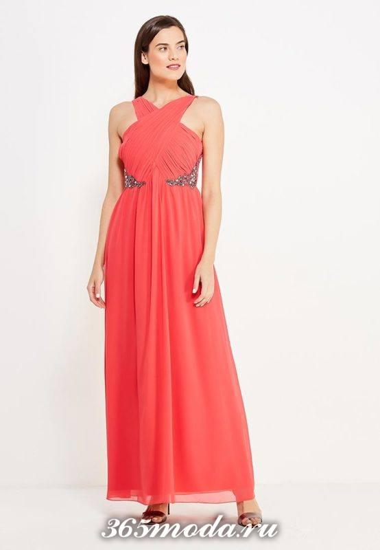 алое шифоновое платье с декором для Святого Валентина
