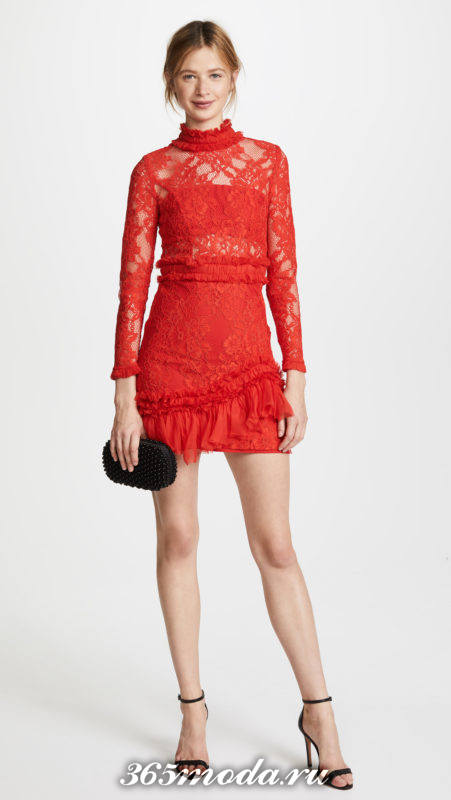 новогоднее красное кружевное мини платье для знака зодиака овен
