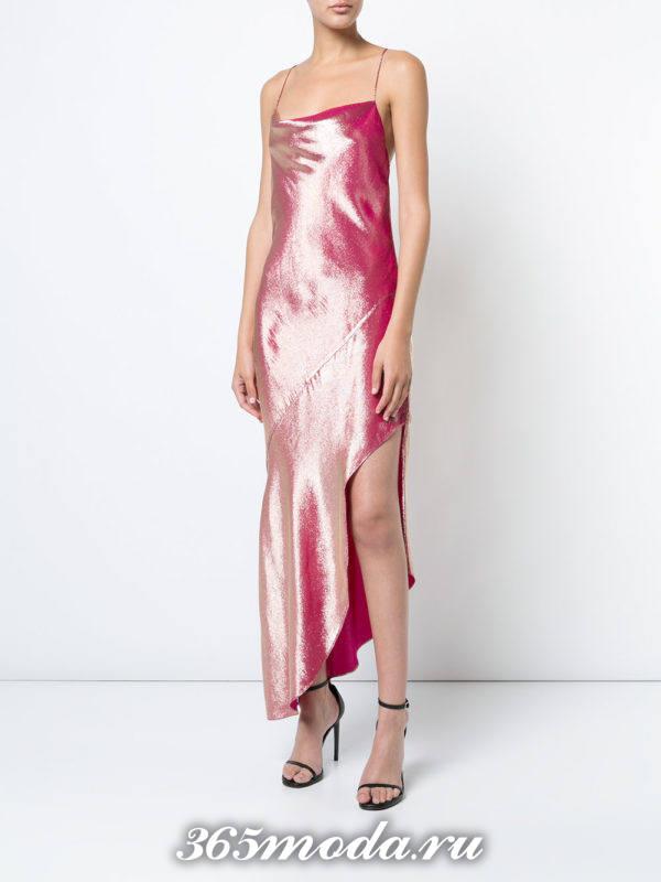 новогоднее розовое асимметричное платье для знака зодиака близнецы