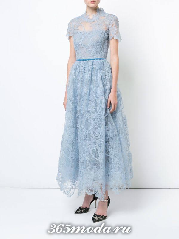 новогоднее кружевное платье клеш для знака зодиака рыбы