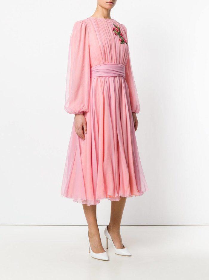 новогоднее пышное розовое платье миди для знака зодиака рак