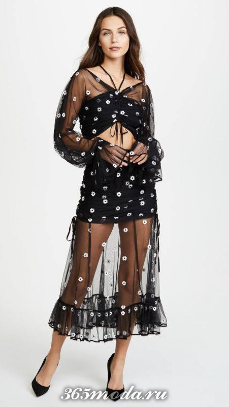 новогоднее черное прозрачное платье с принтом для знака зодиака лев