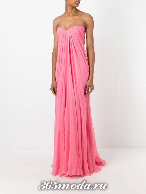 новогоднее розовое платье макси для знака зодиака весы