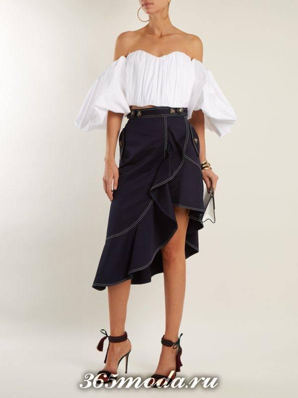 новогодний комплект из асимметричной юбки и блузки с воланами для знака зодиака овен