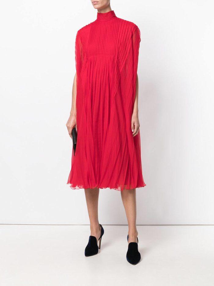новогоднее красное платье плиссе для знака зодиака скорпион