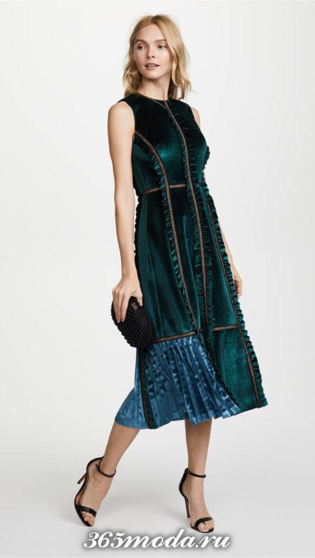 новогоднее бархатное комбинированное миди платье для знака зодиака козерог