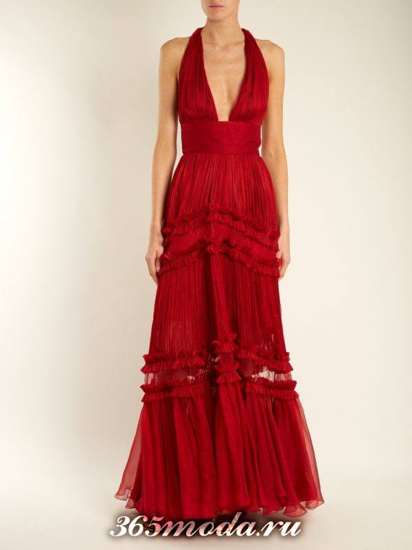 новогоднее красное макси платьес вырезом для знака зодиака козерог