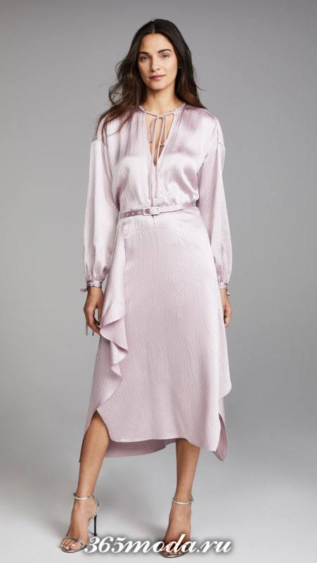 новогоднее шелковое асимметричное платье для знака зодиака водолей