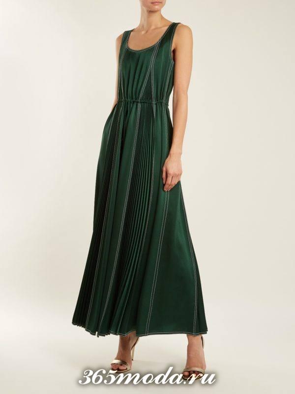 новогоднее зеленое макси платье для корпоратива в ресторане