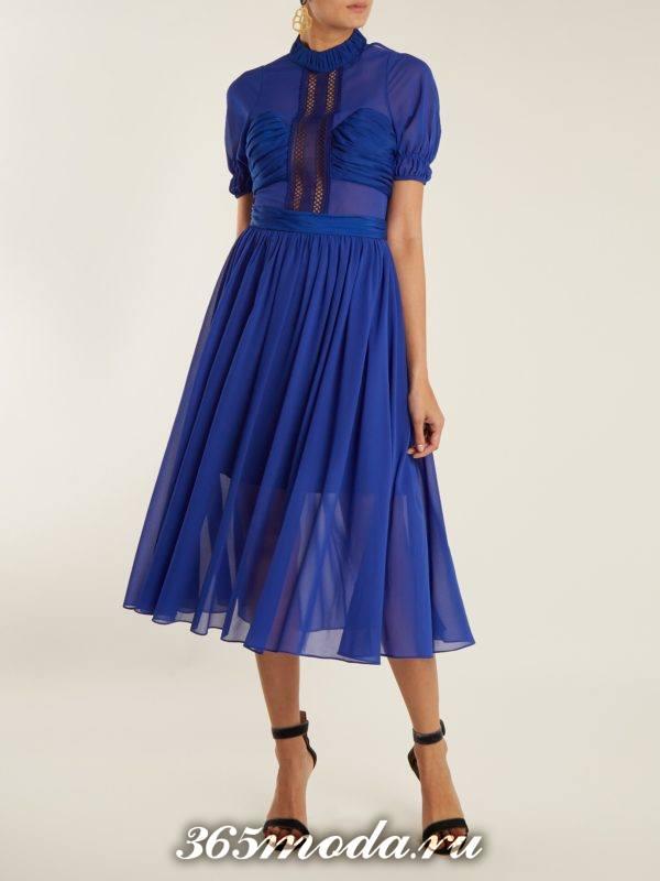 новогоднее синее платье клеш для корпоратива в ресторане