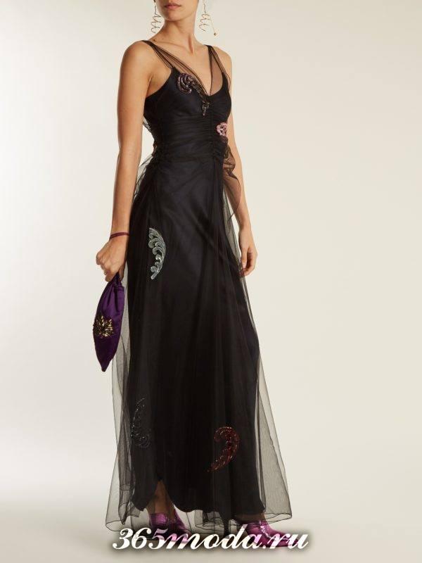 черное многослойное макси платье для тематического новогоднего корпоратива